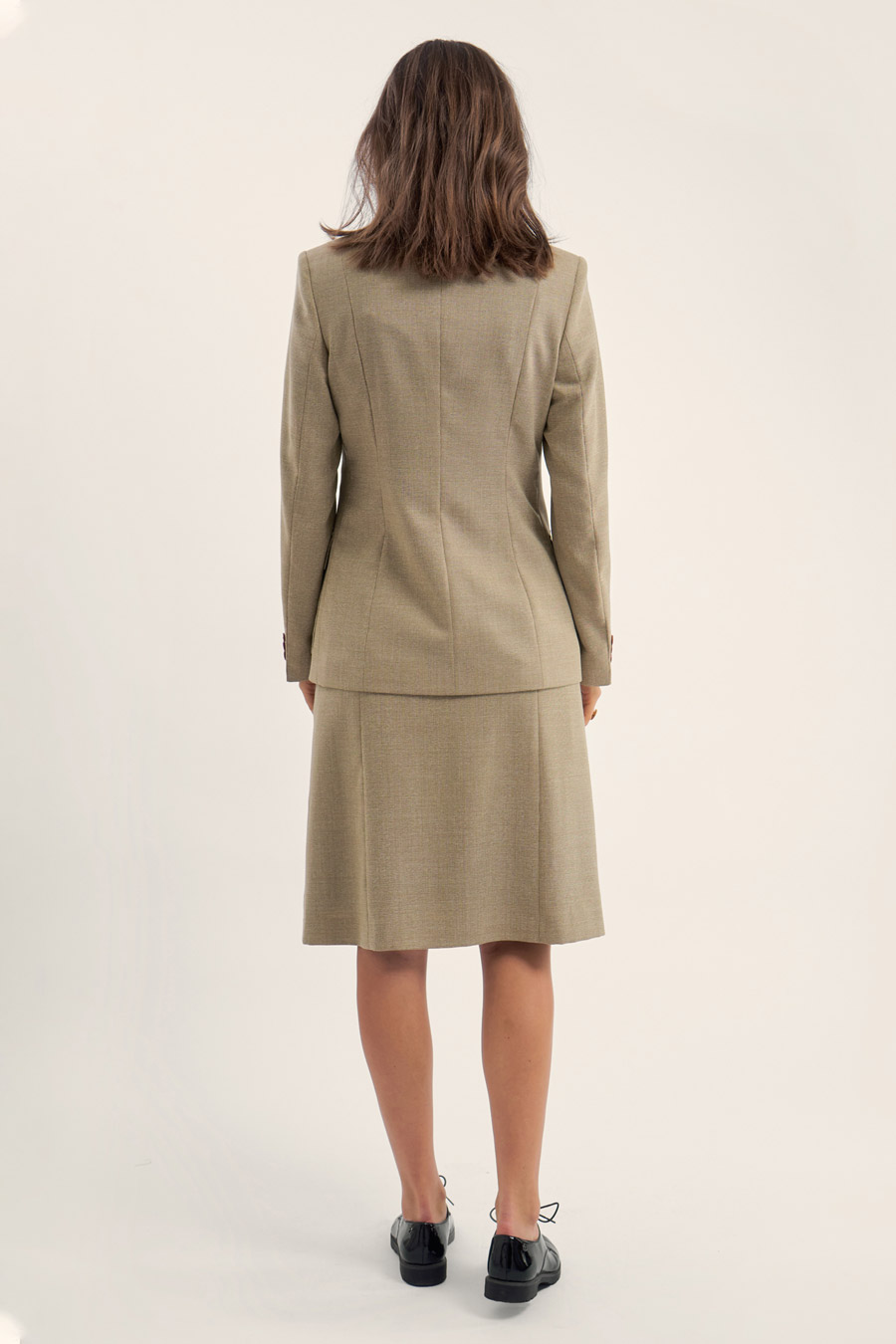 "Featured image for ""Beige Wool Dame Jakkesæt"""